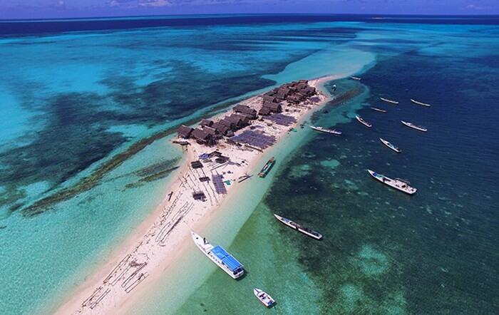 Pulau Bungin Belle di kawasan Taman Nasional Taka Bonerate