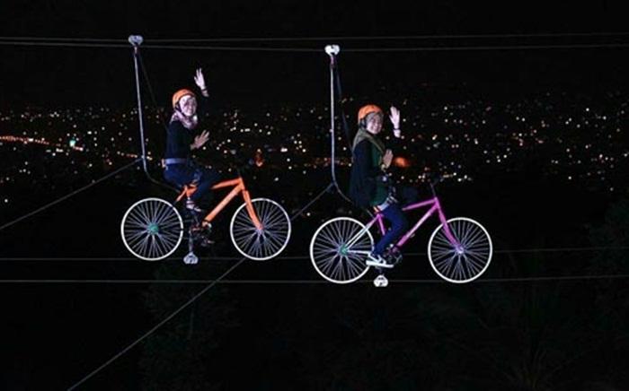 Sepeda gantung puncak mas lampung lebih seru saat malam hari