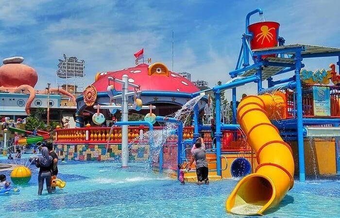 Splash Town Ocean Park BSD, lokasi paforit anak anak. Wahana yang aman namun sangat menyenangkan bagi anak anak.
