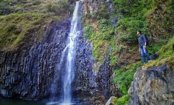 Tingginya Air terjun Takapala di sulawesi Selatan