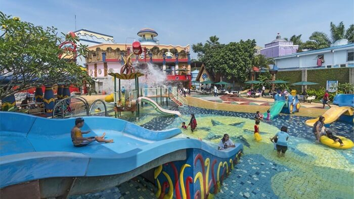 Zona anak anak, zoba wisata air dengan wahana yang aman bagi anak dan nyaman bagi orang tua yang mendampingi