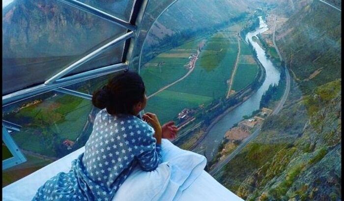 pemandangan dari dalam kamar Skylodge gunung parang