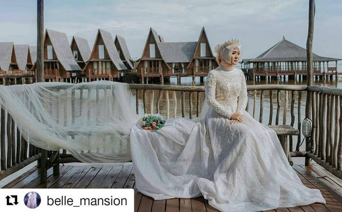 Banyak spot indah untuk pengambilan foto, termasuk pre wedding di area cirebon waterland