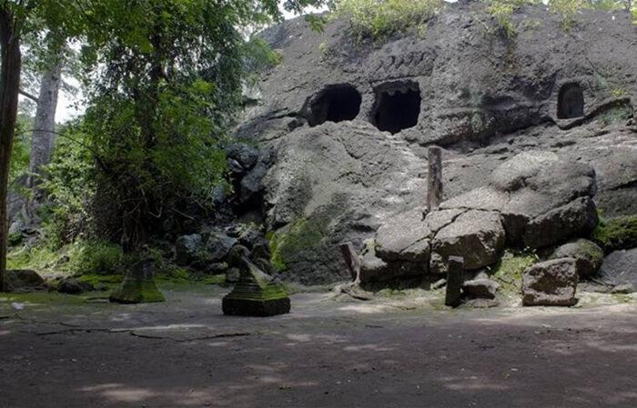 goa selomangleng, warisan sejarah raja airlangga di kediri