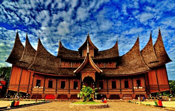 istana pagarayung Istana kerajaan pertama di Sumatera Barat