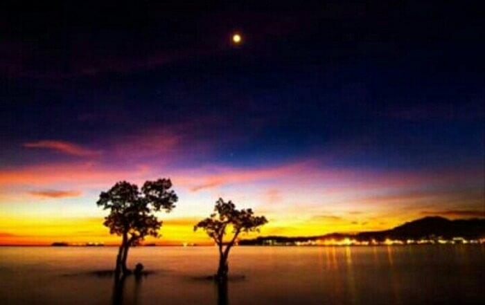 kala senja di pantai nirwana Padang