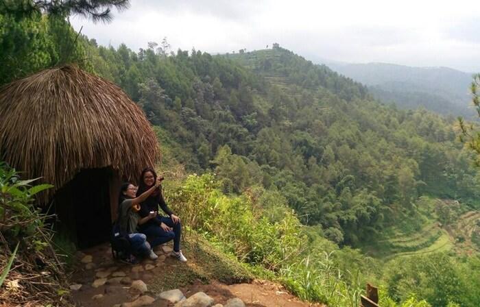 rumah papua Goa Pinus Malang