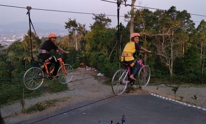 sepeda terbang puncak mas lampung