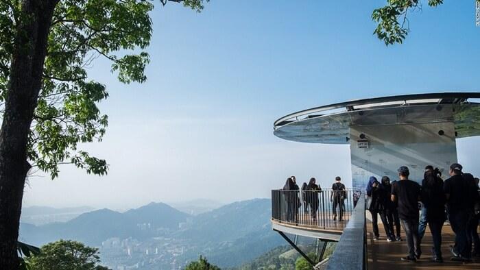 Bukit penang merupakan tempat wisata di penang yang memebuat pengunjung bisa melihat penang seara keseluruhan dari 1 titik
