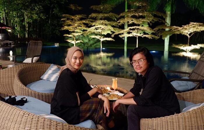Diner di djati lounge, salah satu lokasi kuliner malang paling romantis