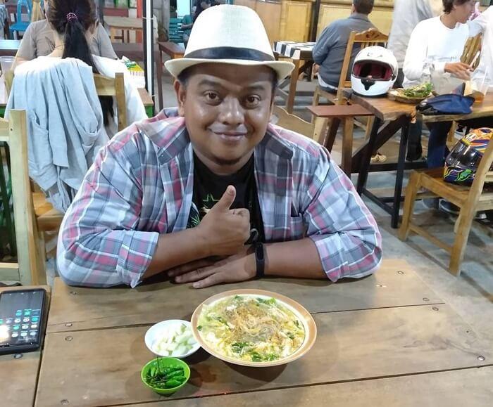 Mie Lethek Mbah Mendes populer dengan mie khas jogja yang berwarna lebih kusam dari mie jagung atau bihun