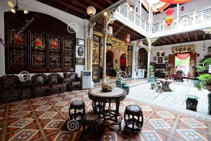 Pinang Peranakan Mansion, tempat wisata di penang yag memamerkan karya seni dan barang antik berkualitas tinggi