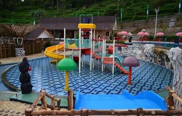 water park ciwidey Valley menyediakan berbagaipermainan air yang dapat menggembirakan anak