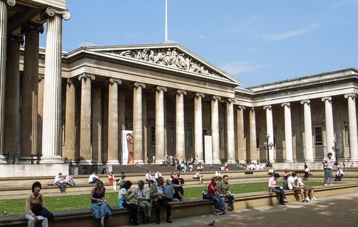 British Museum adalah salah satu museum tertua di dunia. Bangunan ini didirikan pada tahun 1753.