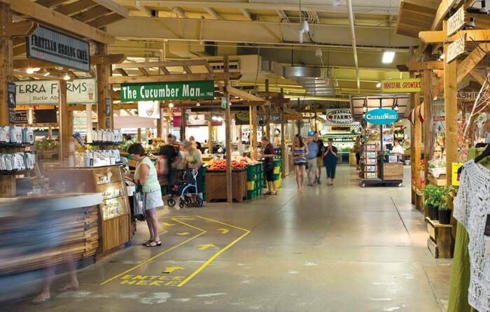 Pasar tradisional tempat wisata di Kanada ini buka sepanjang tahun dan selalu ramai setiap harinya