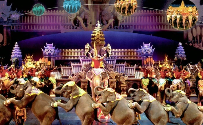 sebuah tempat wisata di phuket yang merupakan satu-satunya night time cultural theme park yang berlokasi di Phuket.
