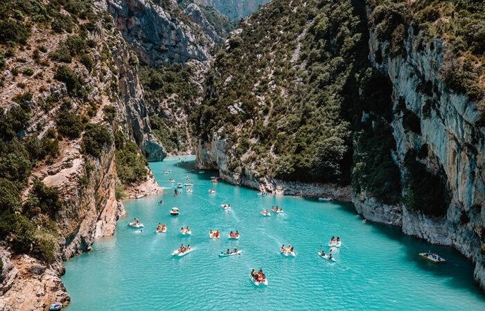 Tempat wisata di Perancis ini merupakan ngarai sungai yang sangat spektakuler, bahkan sering dianggap sebagai salah satu tempat terindah di Eropa.