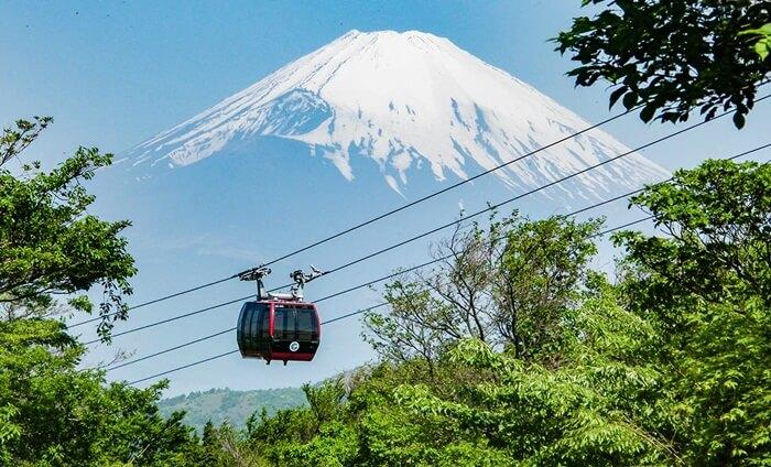 Hokane salah satu tempat wisata di jepang yang palings trategis untuk meniikmati keindahan gunung Fuji