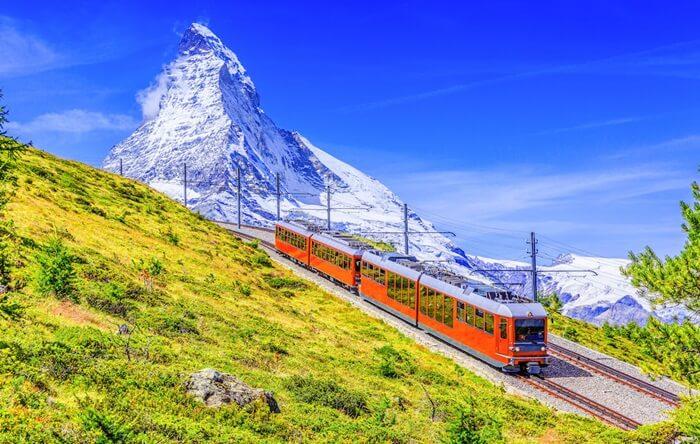 Gunung ini merupakan gunung yang sudah terkenal di tingkat dunia dengan ketinggian 4.478 meter, namun gunung ini buka gunung tertinggi di Swiss.