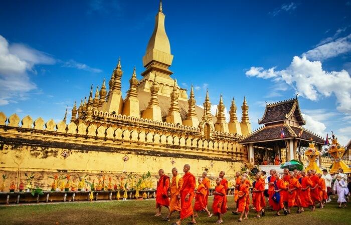 Struktur tempat wisata di Laos ini dibangun oleh Raja Setthathirat pada 1566, setelah Vientiane menjadi ibu kota Laos