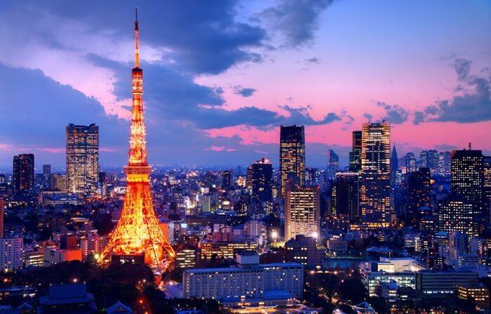 Tinggi keseluruhan tempat wisata di tokyo ini 332,6 m dan merupakan bangunan menara baja tertinggi di dunia