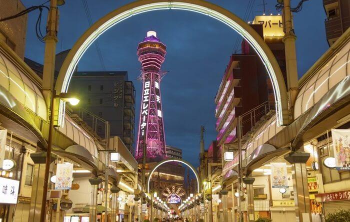 Tempat wisata di Osaka ini terinspirasi dari Menara Eiffel di Perancis yang telah mendunia.