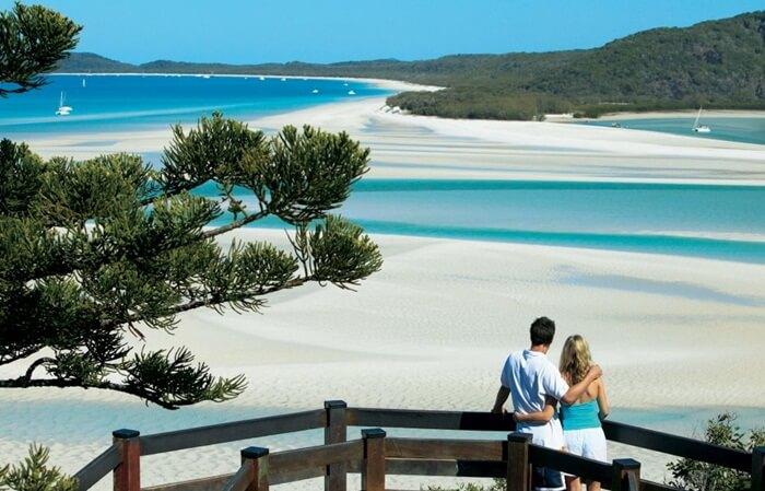 tempat wisata di Australia Whitsunday Islands merupakan koleksi menakjubkan dari 74 pulau yang terletak di tengah-tengah Great Barrier Reef Australia.