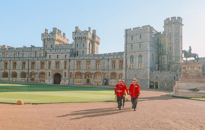 Luas kastil tempat wisata di London ini mencapai 5,3 hektar. Ada banyak area yang terdapat di dalam Windsor Castle ini. Mulai dari The Round Tower, The State Apartments dan juga Private Apartments