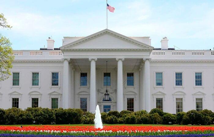 Nama 'White House' pada tempat wisata di amerika ini diberikan oleh Presiden Theodore Rosevelt tahun 1901.