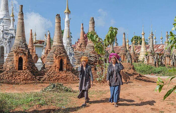 Tradisi warga di desa tempat wisata di Myanmar ini menyatakan, Stupa itu berasal dari abad ketiga sebelum Masehi,
