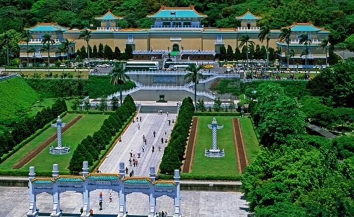 Tempat wisata di Taipei ini Lantai pertama, kedua dan ketiga digunakan sebagai ruang pameran