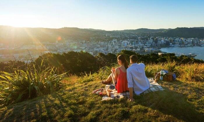 Tempat Wisata di New Zealand Ini merupakan tempat terbaik untuk berjalan kali, jogging dan mendaki gunung.