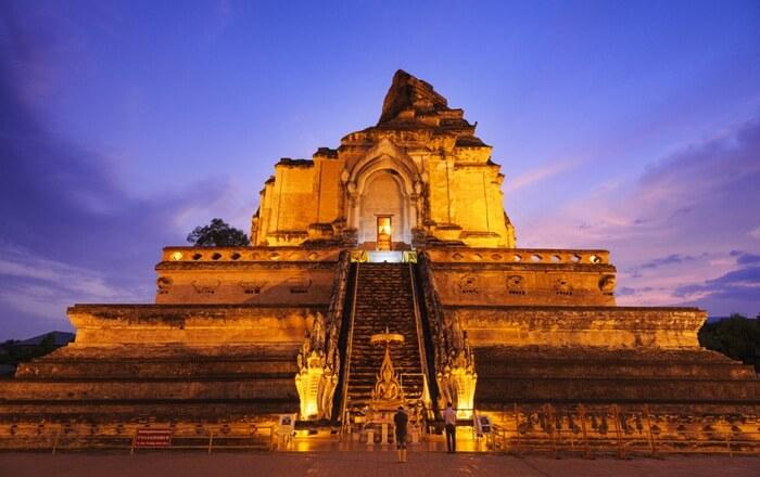tempat wisata di chiang mai ini merupakan lokasi pilar kota, yangdalam legenda disebut sebagai pusat alam semesta