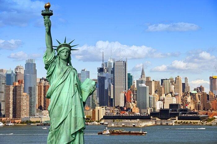Tempat Wisata di Amerika populer di seluruh dunia. Selain karena sebagai negara besar, popularitas itu sebagian besar diraih dari film-film Hollywood