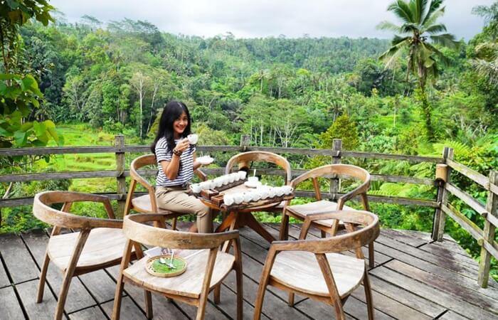 Dengan mengusung konsep agrowisata, tempat wisata ubud, Bali Pulina menyulap daerah perkebunan kopi menjadi lokasi wisata alami yang menarik