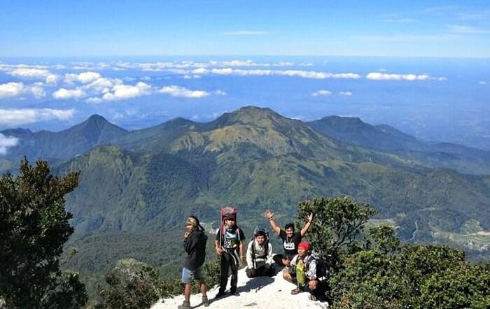 Di lereng gunung ini terdapat sejumlah Tempat Wisata Karanganyar yang populer sebagai tujuan wisata.