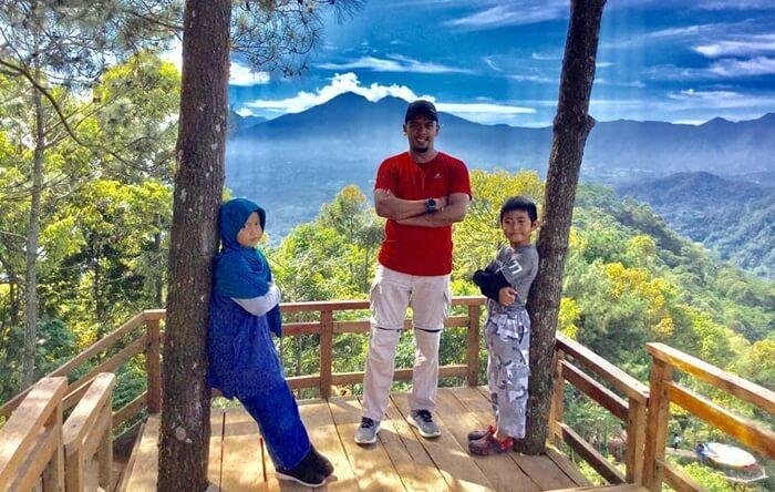 wisata pabangbon Cocok untuk wisata keluarga.