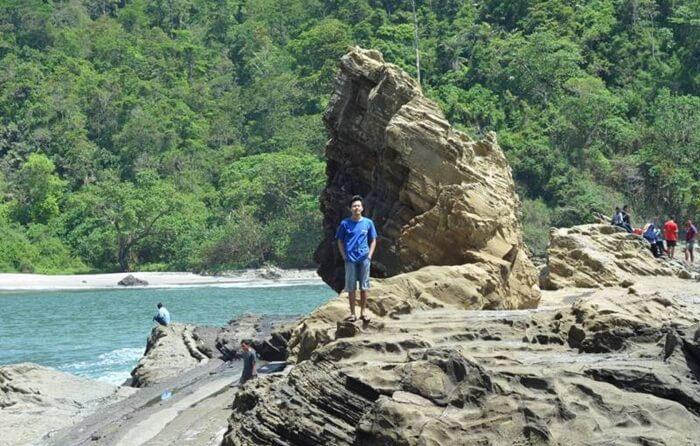 Pantai tempat wisata Cilacap ini layak mendapatkan julukan salah satu hidden paradisenya Nusakambangan