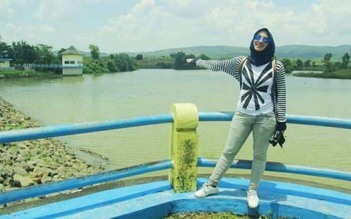 Waduk tempat wisata Madiun ini mempunyai debit air melimpah ketika musim hujan tiba