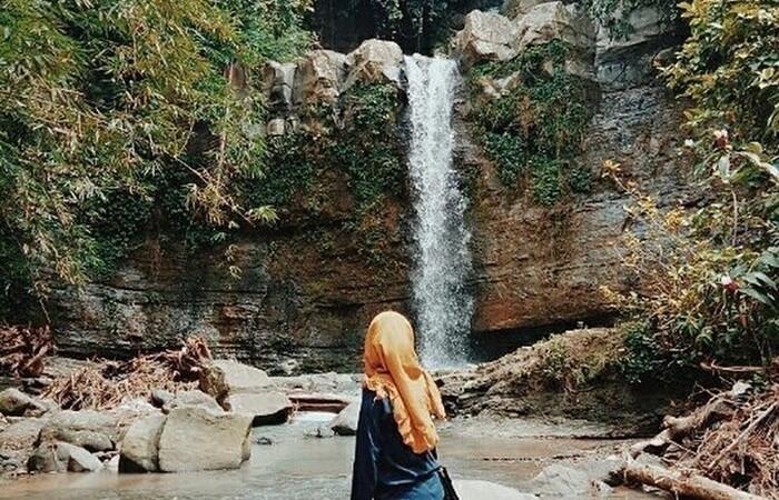 Debit air tempat wisata Cilacap ini tergantung dari musim dan cuaca. Apabila musim hujan maka debit air akan semakin deras