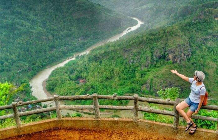 Tempat wisata Bantul ini mempunyai gardu pandang yang mempesona. Pengunjung akan disuguhkan pemandangan Kota Bantul yang elok