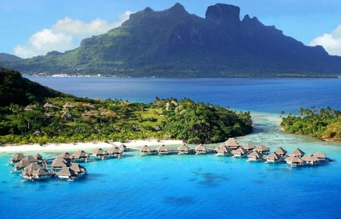 Pulau Moyo, sebuah pulau imut yang indah di utara pulau Sumbawa