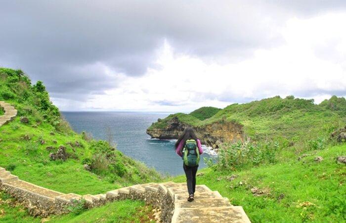 , banyak terdapat Tempat wisata Wonogiri yang bisa dikunjungi. Baik wisata spiritual, petualangan, wisata pantai, wisata alam dan lain sebagainya.