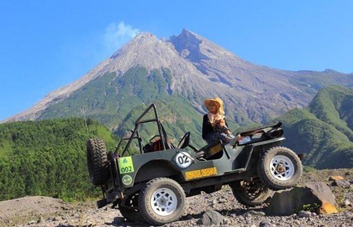 Bak harta karun, berbagai tempat wisata Kaliurang yang instagramable mengundang untuk berkunjung.