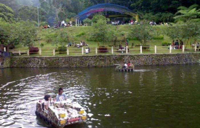 Obyek tempat wisata Kaliurang ini berada satu kompleks dengan Bukit Plawangan Turgo.