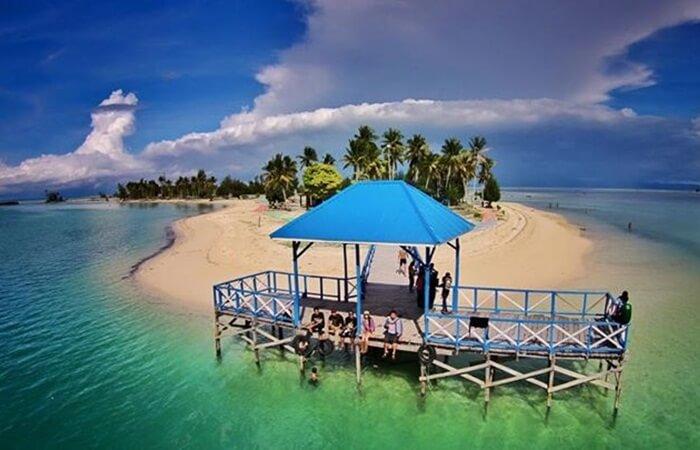 Tempat wisata Kendari memiliki keindahan alam yang sangat menarik dan pastinya sangat cocok untuk dijadikan destinasi wisata saat Liburan.