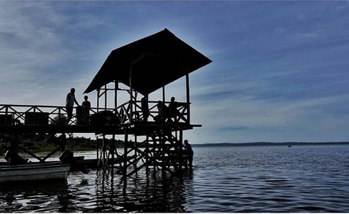 Danau ini terletak di tepi Sungai Memberamo atau sekitar 20 km dari Samudera Pasifik. Danau Rombebai termasuk danau terbesar kedua setelah Danau Sentani yaitu dengan luas danau mencapai 13.700 ha.