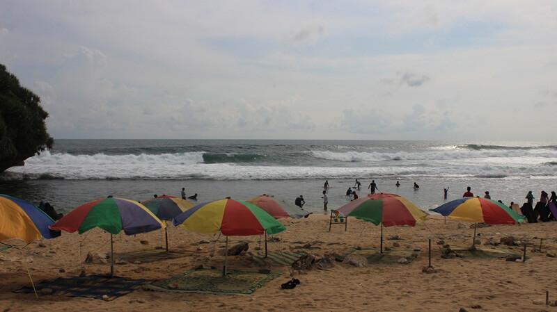 Bermain Air Pantai Nguyahan