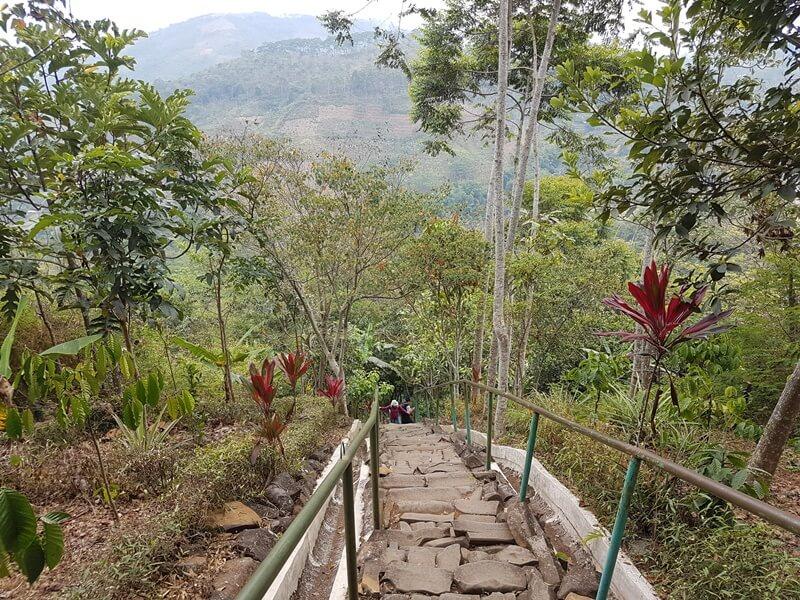 Pendakian Bersejarah Gunung Padang