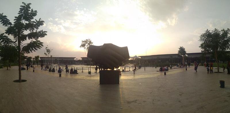Taman Modern Kiara Artha Park Bandung